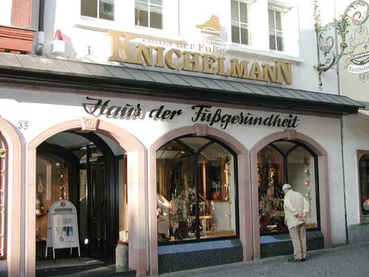 knichelmann haus der fu gesundheit in aschaffenburg. Black Bedroom Furniture Sets. Home Design Ideas